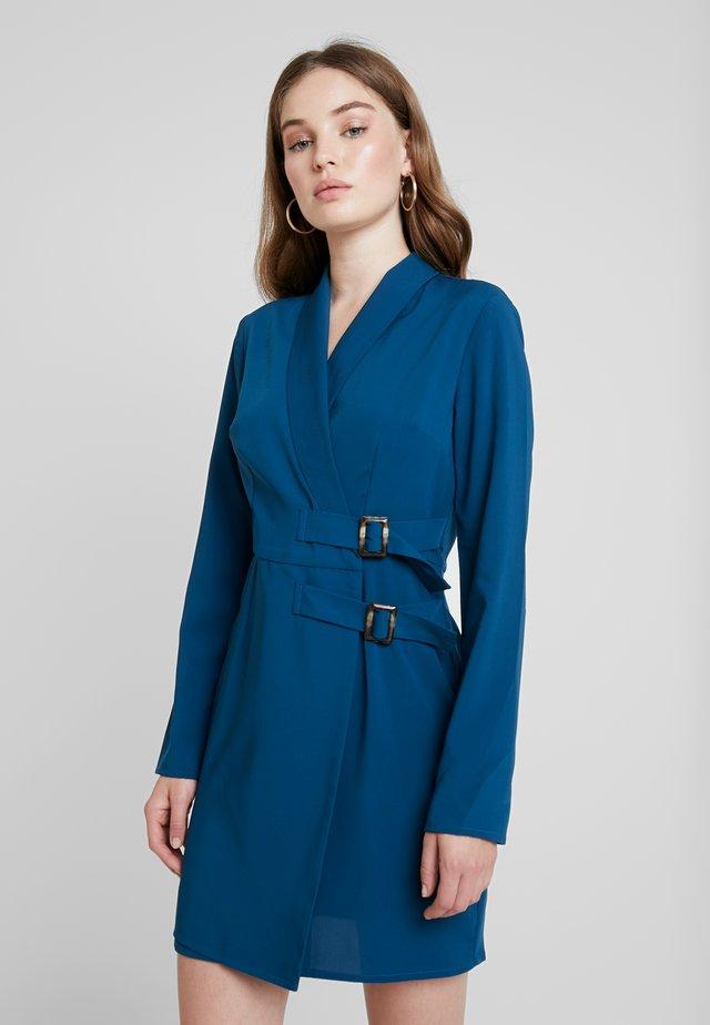 BELTED BLAZER DRESS - Freizeitkleid - blue