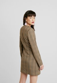 UNIQUE 21 - TAILORED IN CHECK - Shirt dress - tan - 3