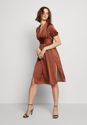 PUFF SLEEVE DRESS - Sukienka koktajlowa - brown