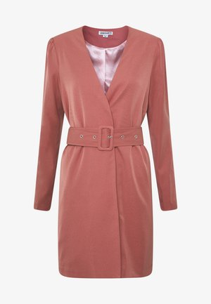 CREPE BELTED PUFF SLEEVE DRESS - Kjole - rose
