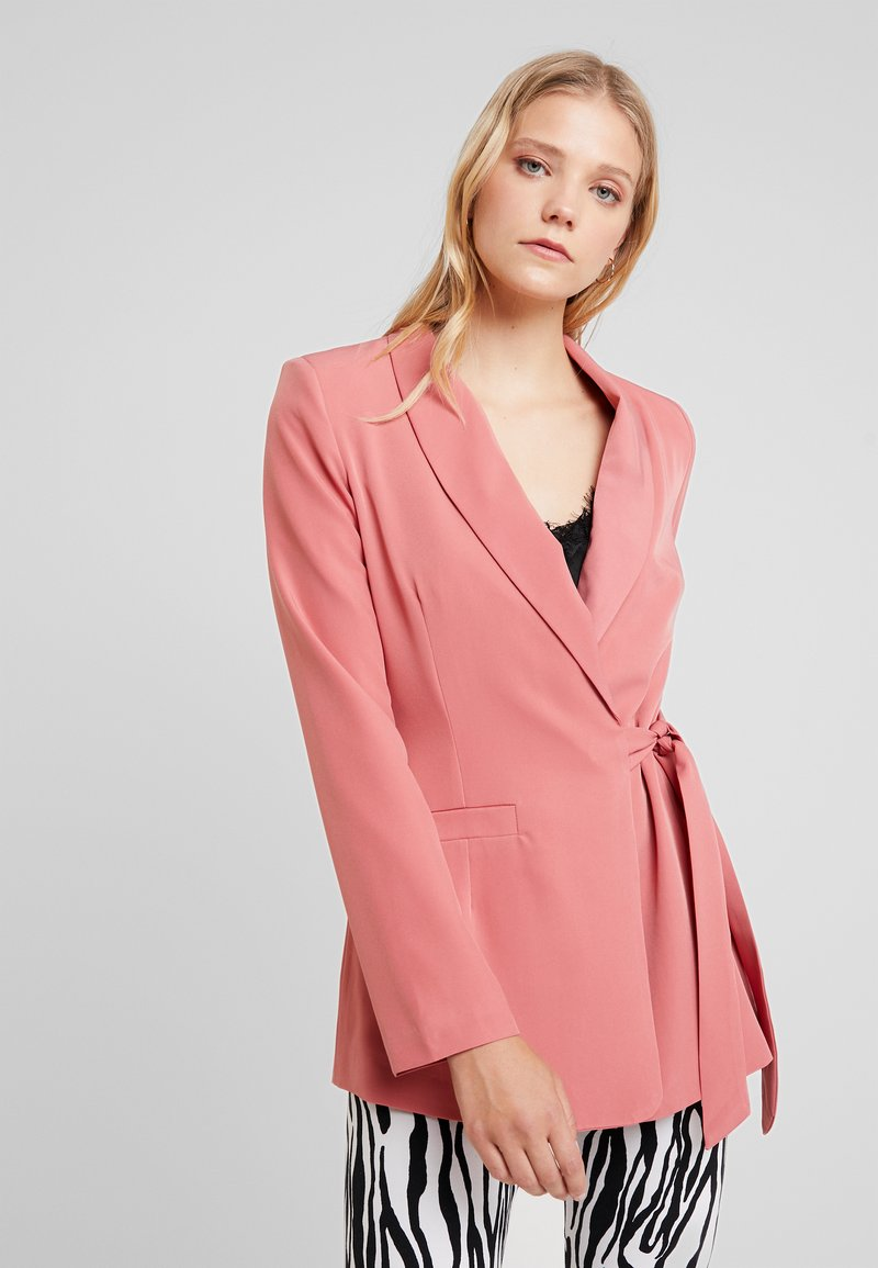 UNIQUE 21 - WRAP TAILORED - Blazer - dark rose