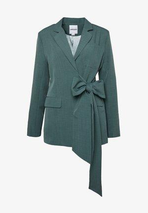 PEACOCK TIE-SIDE - Blazer - green
