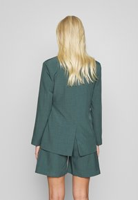 UNIQUE 21 - PEACOCK TIE-SIDE - Blazer - green - 2