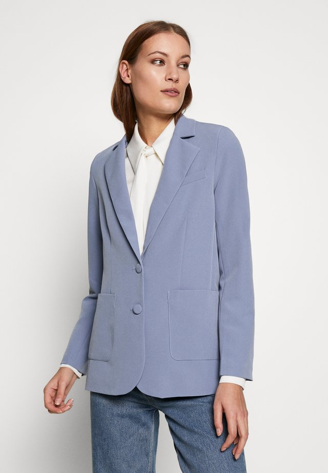 STRUCTURED SELF BUTTON  - Kurzmantel - blue