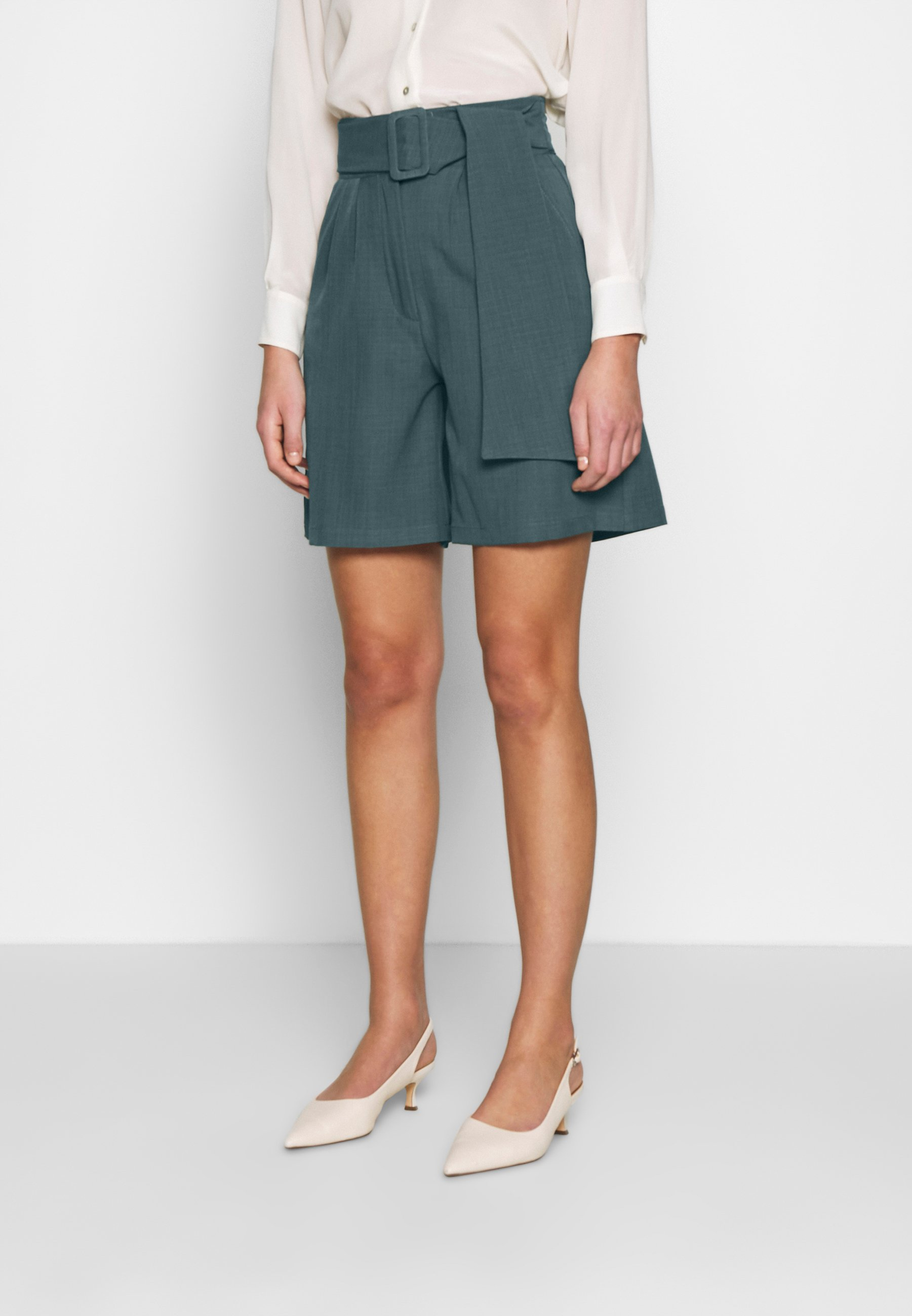 UNIQUE 21 PEACOCK BELTED HIGH WAIST - Szorty - green