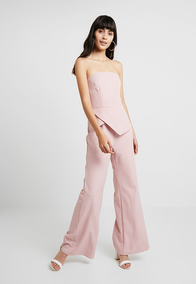 STRAPLESS WIDE LEG WITH PEPLUM - Jumpsuit - pink