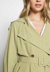 UNIQUE 21 - SAGE OVERSIZED TRENCH COAT - Trenčkot - pistachio - 5
