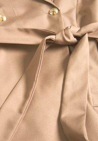 UNIQUE 21 - BLEND SHORT TIE SLEEVE  - Trenchcoat - brown - 2