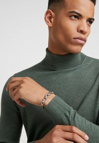 Uncommon Souls - LINK CUFF - Armband - silver-coloured - 1