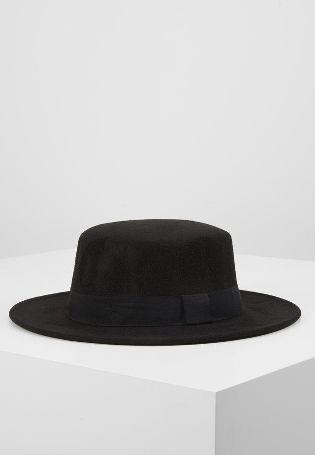 BOATER HAT - Hattu - black