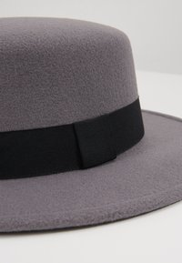 Uncommon Souls - BOATER HAT - Klobouk - dark grey - 2