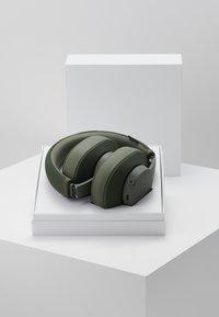 Urbanears - PAMPAS - Headphones - field green - 3