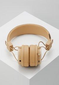 Urbanears - PLATTAN 2 BLUETOOTH - Høretelefoner - paper beige - 2