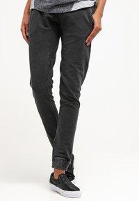 Urban Classics - Pantalones deportivos - darkgrey - 0