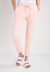 Urban Classics - Joggebukse - pink - 0