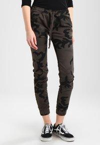 Urban Classics - LADIES CAMO PANTS - Trousers - grey - 0