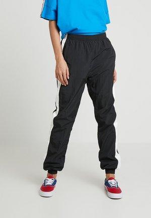 LADIES STRIPED CRINKLE PANTS - Træningsbukser - black/white