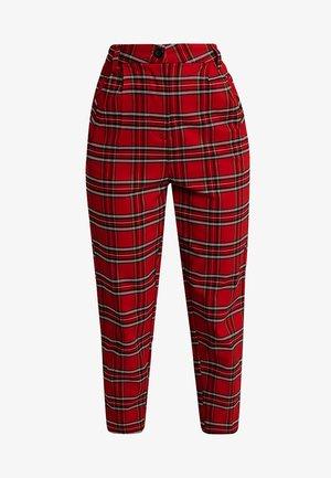 LADIES HIGHWAIST CHECKER CROPPED PANTS - Kalhoty - red/black
