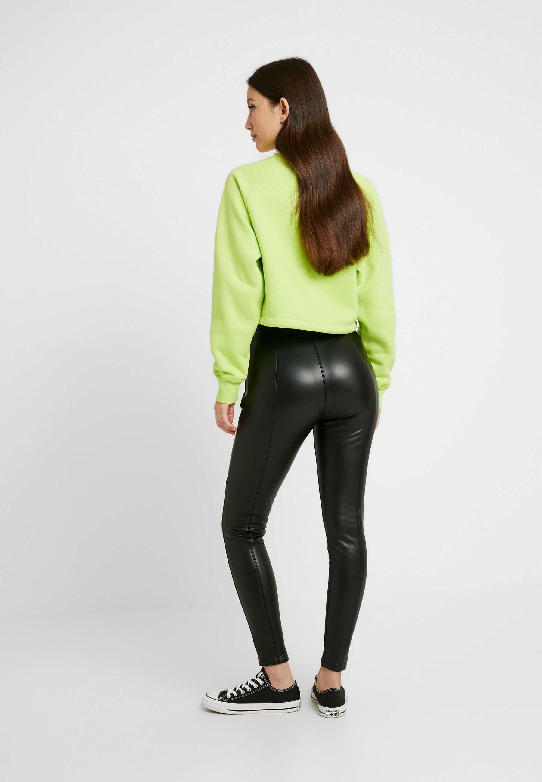 Urban Classics Ladies Skinny Pants - Kangashousut Black