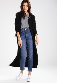 Urban Classics - HOODED FEATHER - Cardigan - black - 1