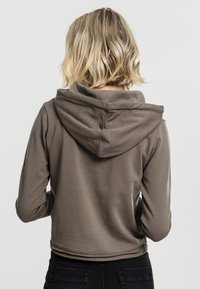 Urban Classics - CROPPED TERRY HOODY - Mikina skapucí - army green - 0
