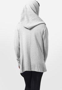 Urban Classics - veste en sweat zippée - grey - 1