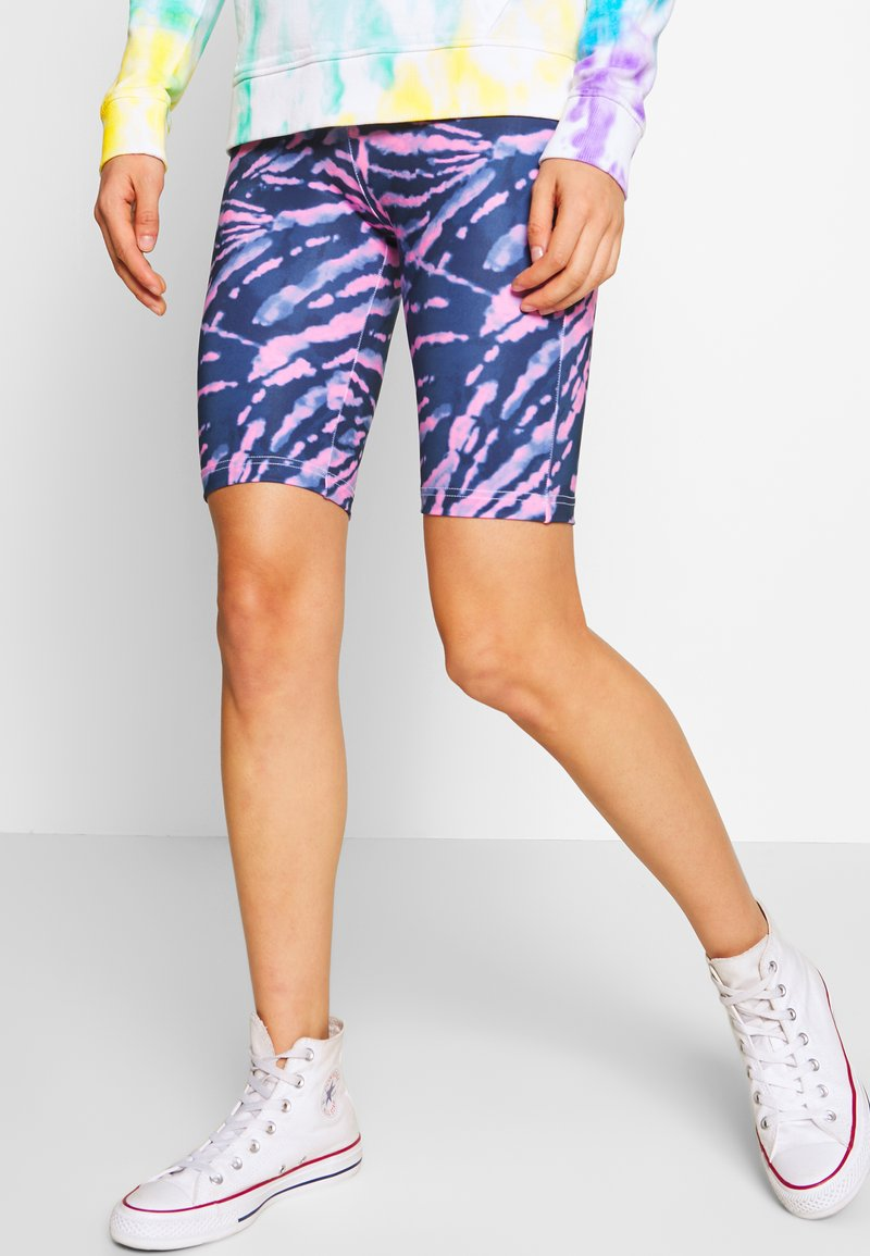 Urban Classics - LADIES TIE DYE CYCLING - Shorts - darkshadow/pink