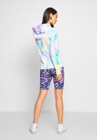 Urban Classics - LADIES TIE DYE CYCLING - Shorts - darkshadow/pink - 2