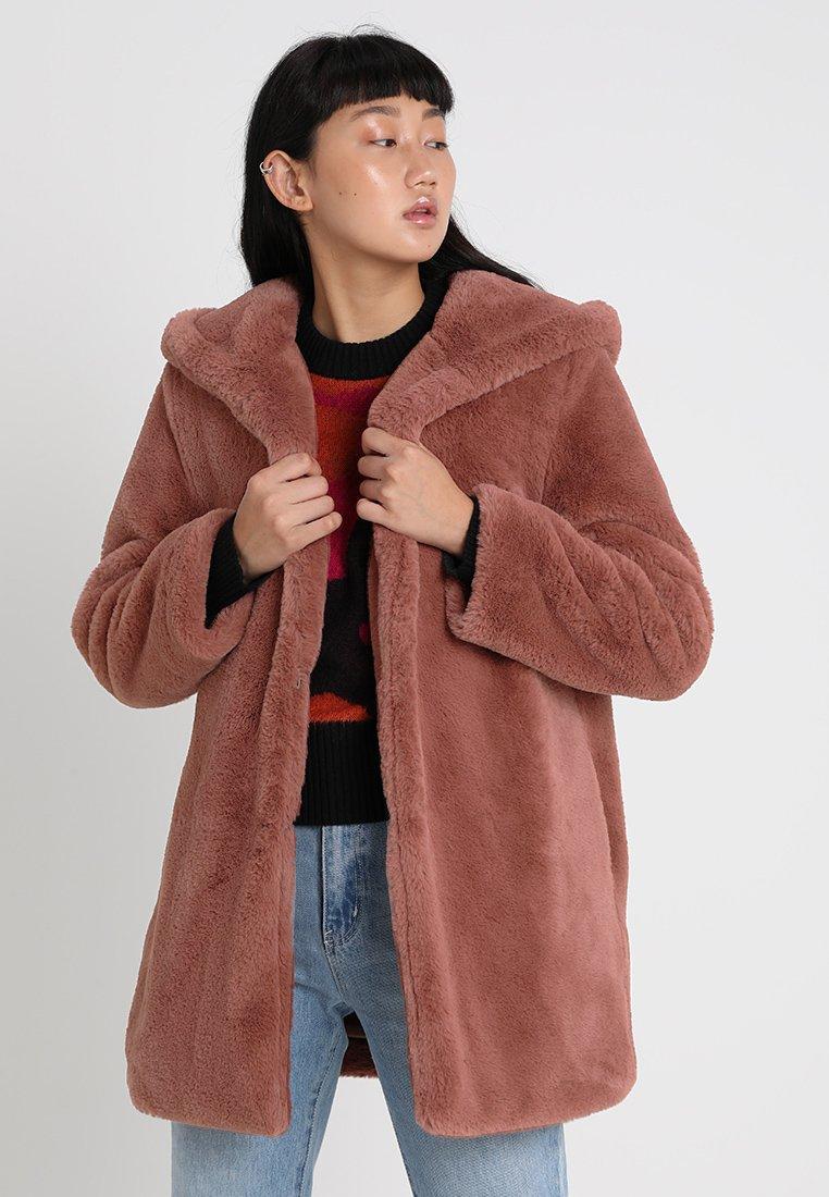 Urban Classics - LADIES HOODED TEDDY COAT - Winter coat - darkrose