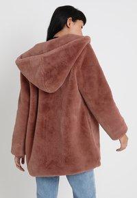 Urban Classics - LADIES HOODED TEDDY COAT - Winter coat - darkrose - 2
