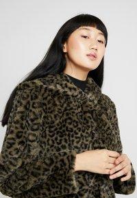 Urban Classics - LADIES LEO COAT - Winter coat - darkolive - 4