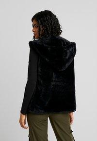 Urban Classics - LADIES HOODED VEST - Waistcoat - black - 2