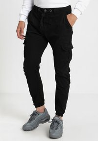 Urban Classics - JOGGING PANT - Cargo trousers - black - 0