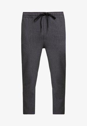 COMFORT CROPPED PANTS - Pantaloni - darkgrey