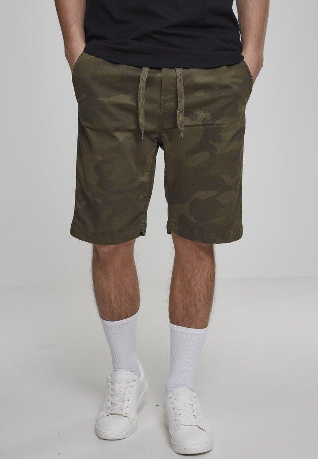 CAMO JOGGSHORTS - Shorts - olive camo