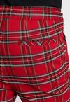 Urban Classics - CHECKER  - Shorts - red/black