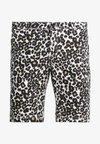 Urban Classics - STRETCH - Shorts - white leo