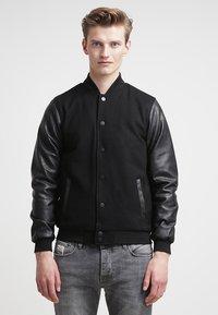 Urban Classics - OLDSCHOOL COLLEGE - Light jacket - black - 0