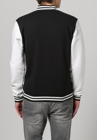 Urban Classics - Zip-up hoodie - black/white