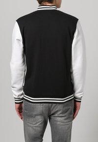 Urban Classics - Bluza rozpinana - black/white - 3