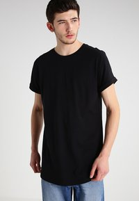 Urban Classics - LONG SHAPED TURNUP - T-shirt basic - black - 0