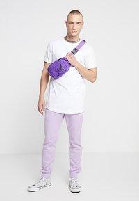 Urban Classics - Jednoduché triko - white - 1