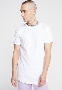 Urban Classics - Jednoduché triko - white - 0