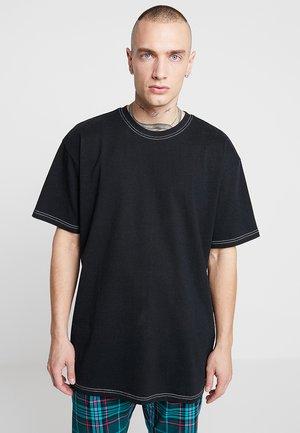 HEAVY OVERSIZED CONTRAST STITCH TEE - Jednoduché triko - black