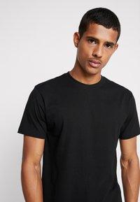 Urban Classics - BASIC TEE 6 PACK - Basic T-shirt - white/black/grey - 4