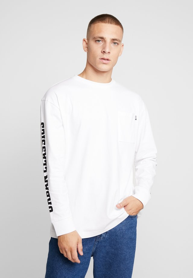 SLEEVE LOGO BOXY POCKET  - Langærmede T-shirts - white