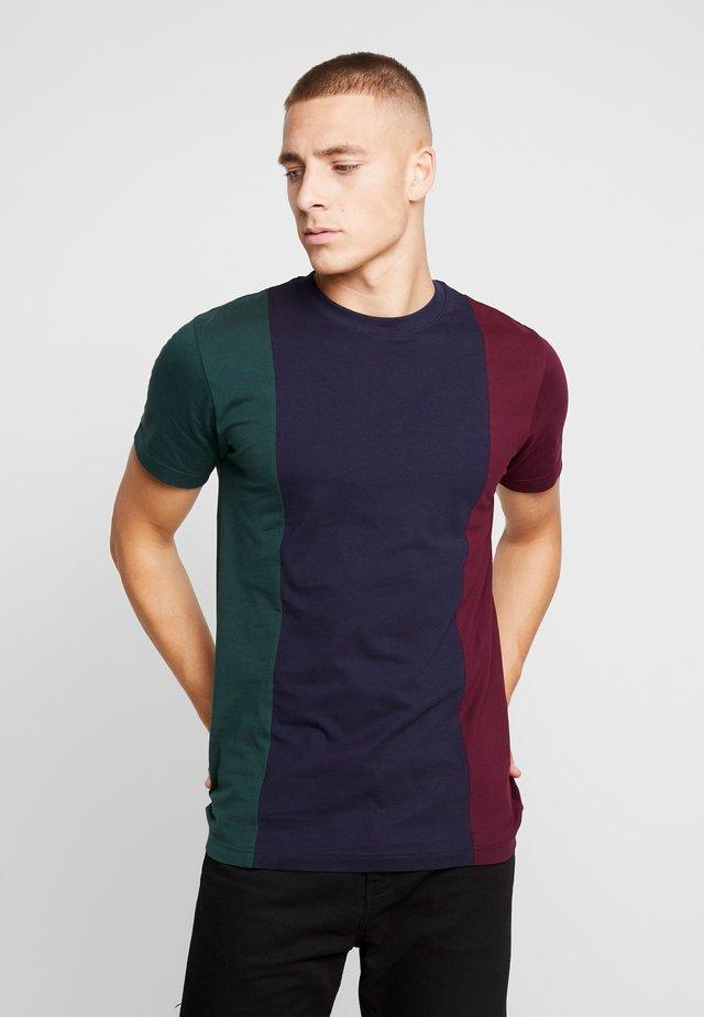 TRIPPLE TEE - T-shirt print - bottlegreen/midnightnavy