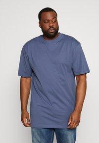Urban Classics - TALL TEE - Basic T-shirt - vintageblue - 0