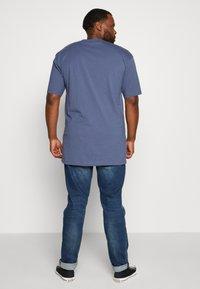Urban Classics - TALL TEE - Basic T-shirt - vintageblue - 2
