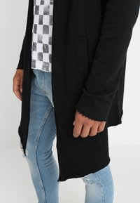 Urban Classics - LONG HOODED OPEN EDGE - Mikina na zip - black - 5